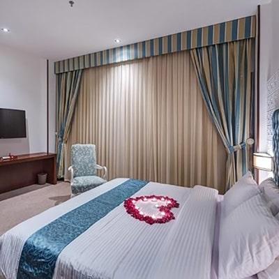 هتل نگین پاسارگارد مشهد