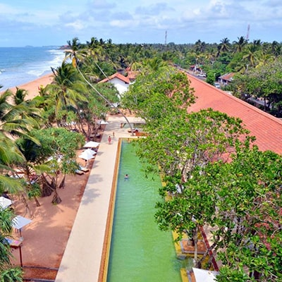 هتل Pandanus Beach Resort & Spa