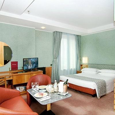 هتل  Michelangelo Milan Italy