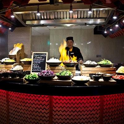 هتل Crowne Plaza Dubai Deira
